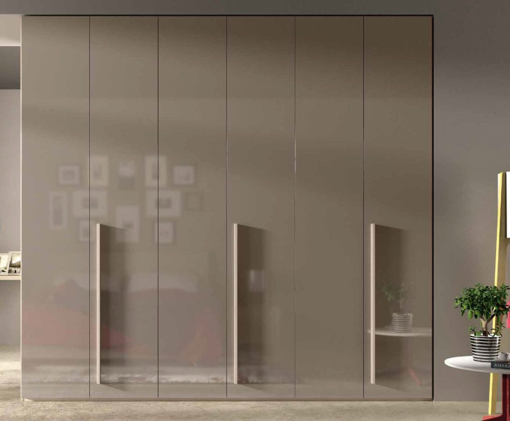 armadio moderno color visone arredamento divani torino
