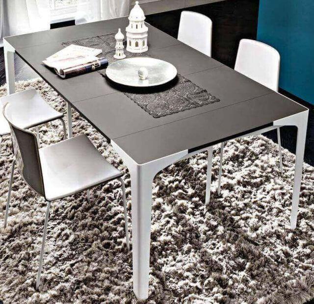 tavolo consolle gambe metallo arredamenti divani torino