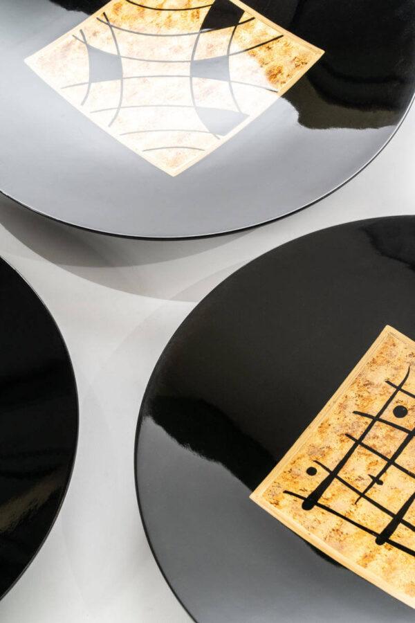piatto decorativo illuminato con dettagli altri 2 piatti mobilificio torino e rivoli