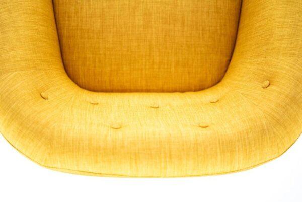 dettaglio schienale poltrona elena gialla mobilificio torino e rivoli