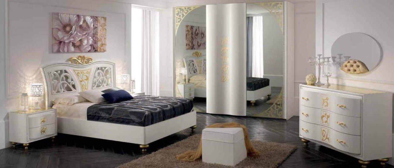 amera da letto con armadio, comò e comodini, specchio mobilificio torino e rivoli