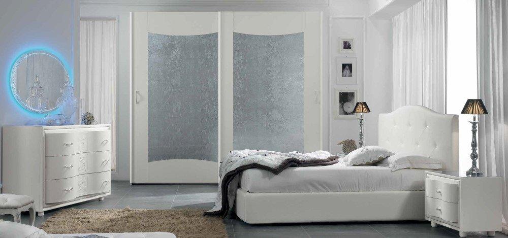 camera da letto con specchio, armadio, comò e comodino mobilificio torino e rivoli