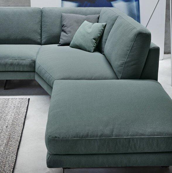 divano angolare verde da lato mobilificio torino e rivoli