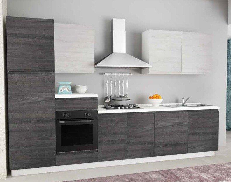cucina con colonna frigo e forno, pensili ed elettrodomestici mobilificio torino e rivoli