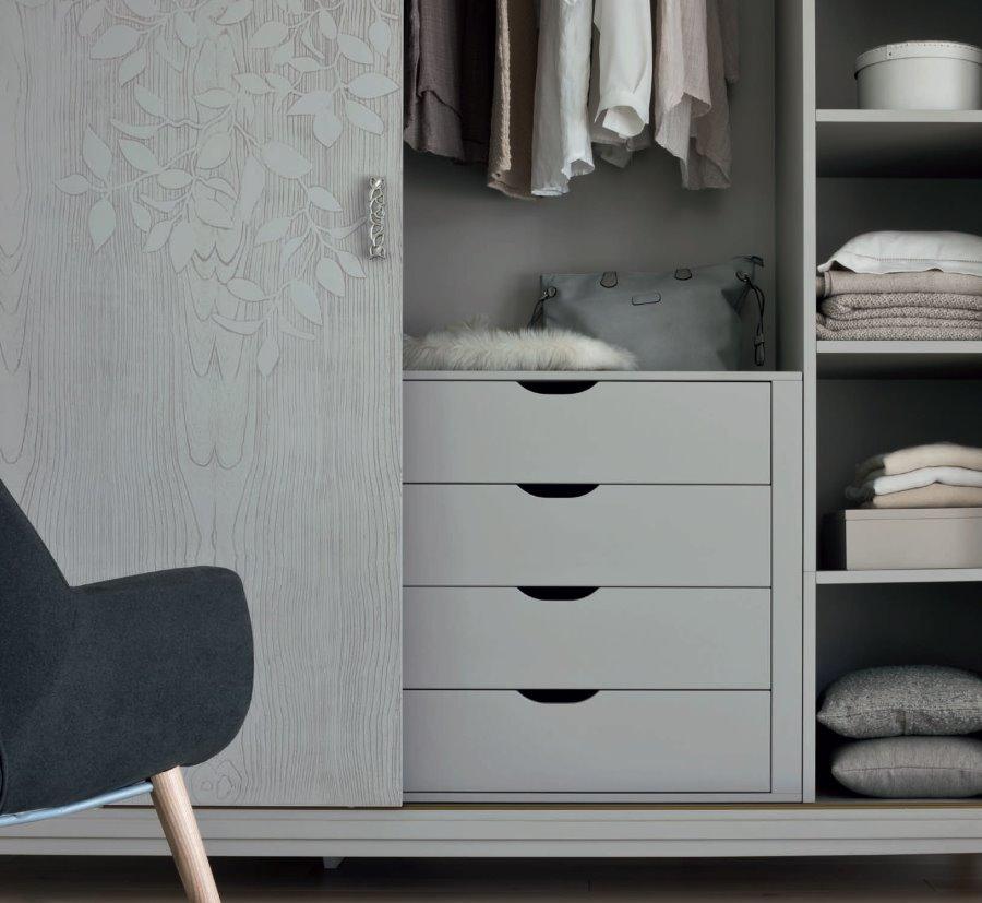cassettiera e ripiani armadio ante scorrevoli mobilificio torino e rivoli